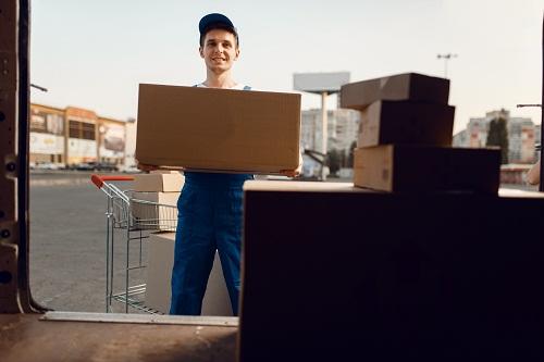 un transport urgent et un service de livraison rapide